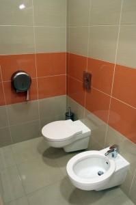 Kabina sanitarna i przebieralnia dla pacjentek