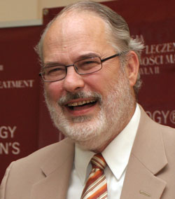 Profesor Thomas W. Hilgers